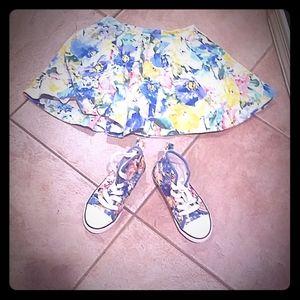 2 piece girls shoe and skirt set.